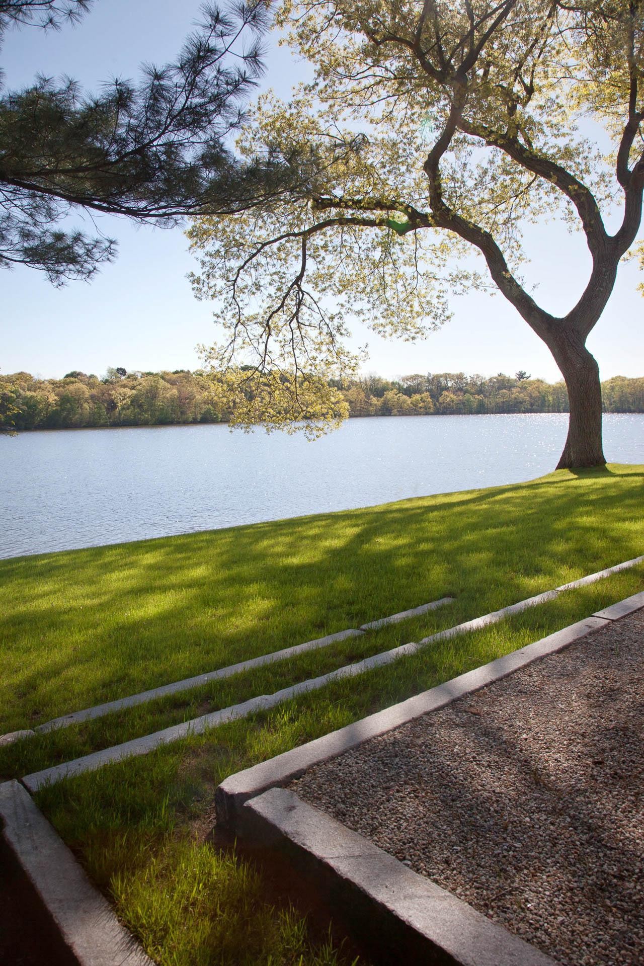 Landscape Design Front Of House Drought Tolerant