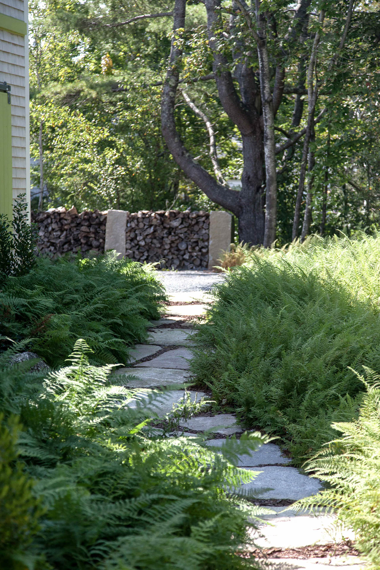 Clamshell alley matthew cunningham landscape design llc for Garden design llc